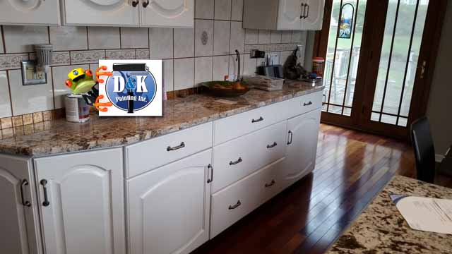 Refinishing Kitchen Cabinets Using Color Washing